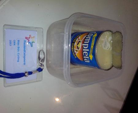 Rợn người vì sữa đóng hộp mốc xanh, mốc vàng 1
