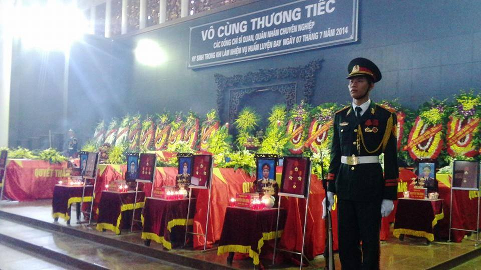 Nghẹn ngào tang lễ 18 người lính hy sinh trong tai nạn máy bay 1