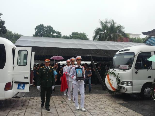 Nghẹn ngào tang lễ 18 người lính hy sinh trong tai nạn máy bay 42