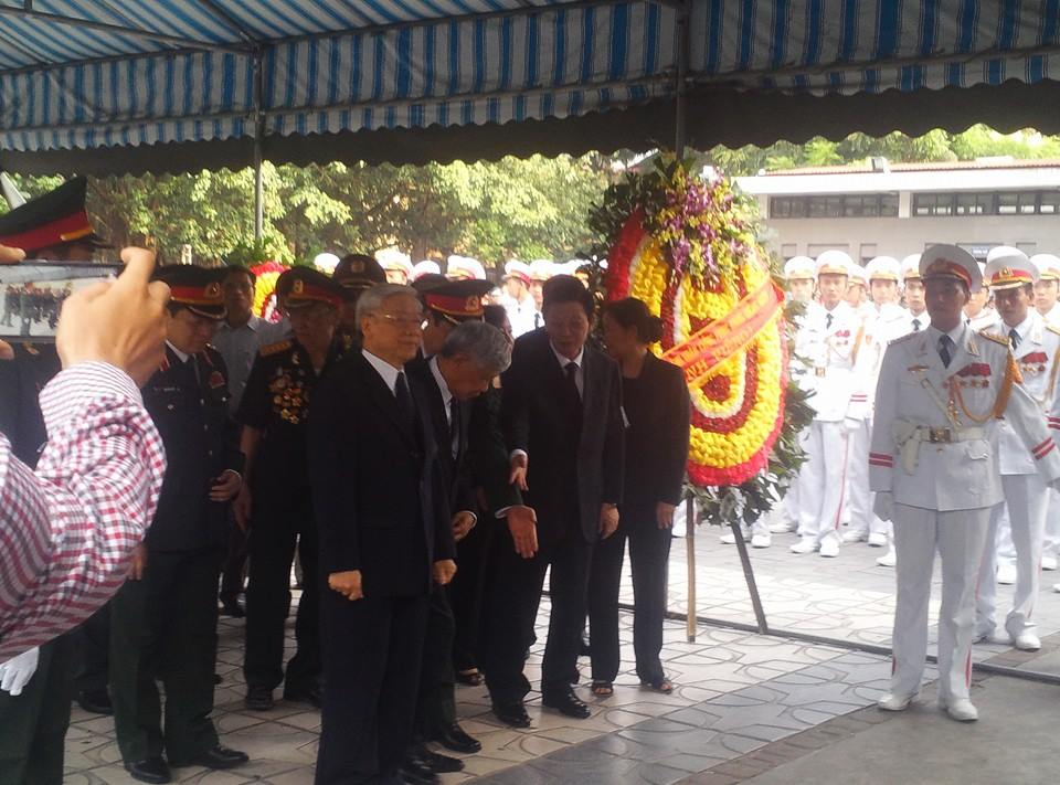 Nghẹn ngào tang lễ 18 người lính hy sinh trong tai nạn máy bay 5
