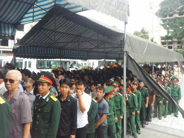 Nghẹn ngào tang lễ 18 người lính hy sinh trong tai nạn máy bay 33