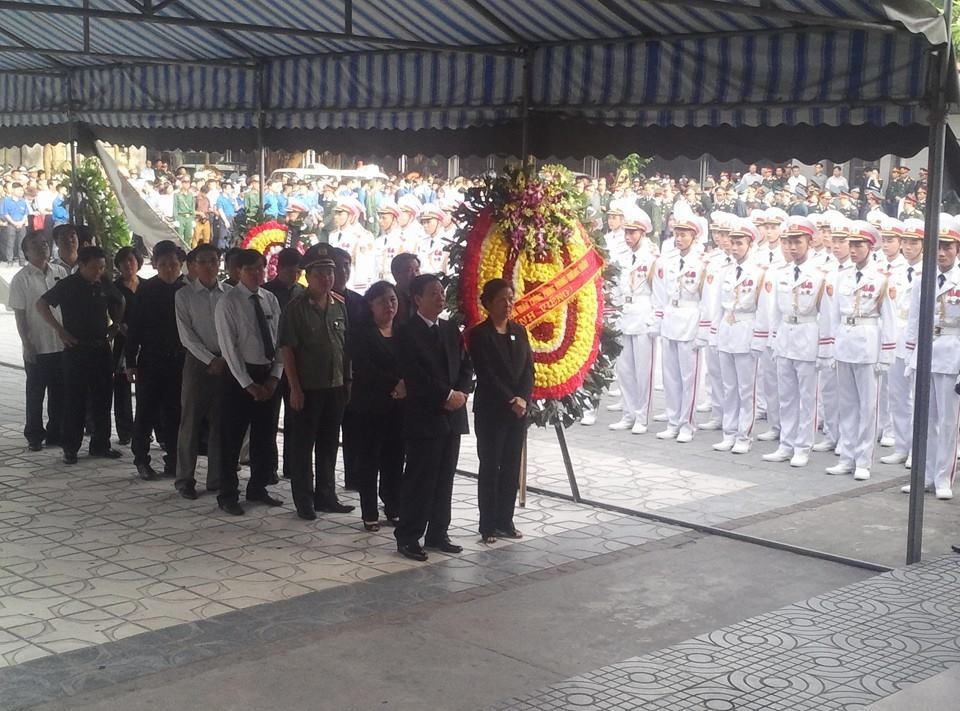Nghẹn ngào tang lễ 18 người lính hy sinh trong tai nạn máy bay 7