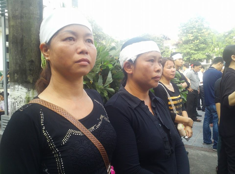 Nghẹn ngào tang lễ 18 người lính hy sinh trong tai nạn máy bay 13
