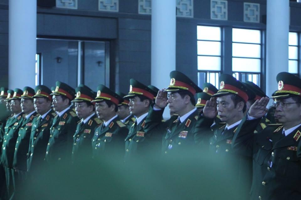 Nghẹn ngào tang lễ 18 người lính hy sinh trong tai nạn máy bay 17