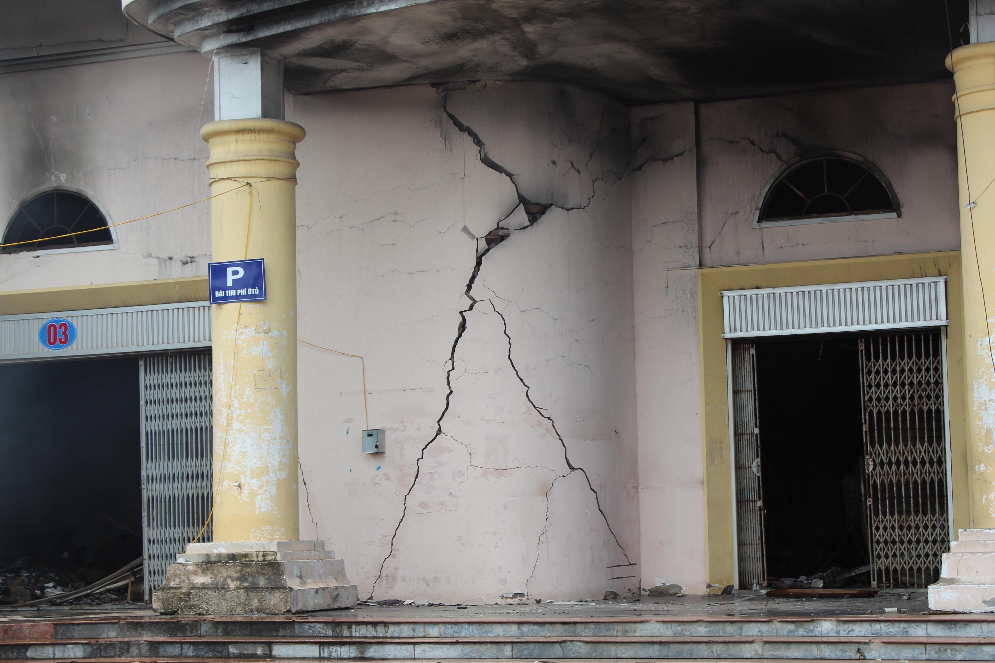 Vụ cháy TTTM Hải Dương: Tiền hỗ trợ đã được trao tận tay các tiểu thương 2