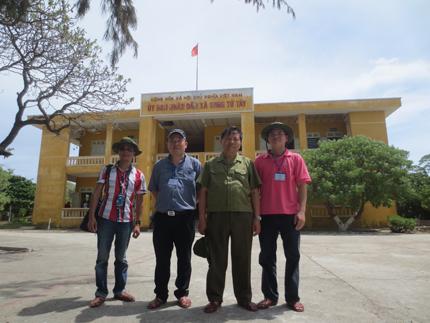 Đoàn công tác Tổng cục DS-KHHGĐ thăm, làm việc tại đảo Song Tử Tây- Trường Sa: Thắm tình quân dân 8