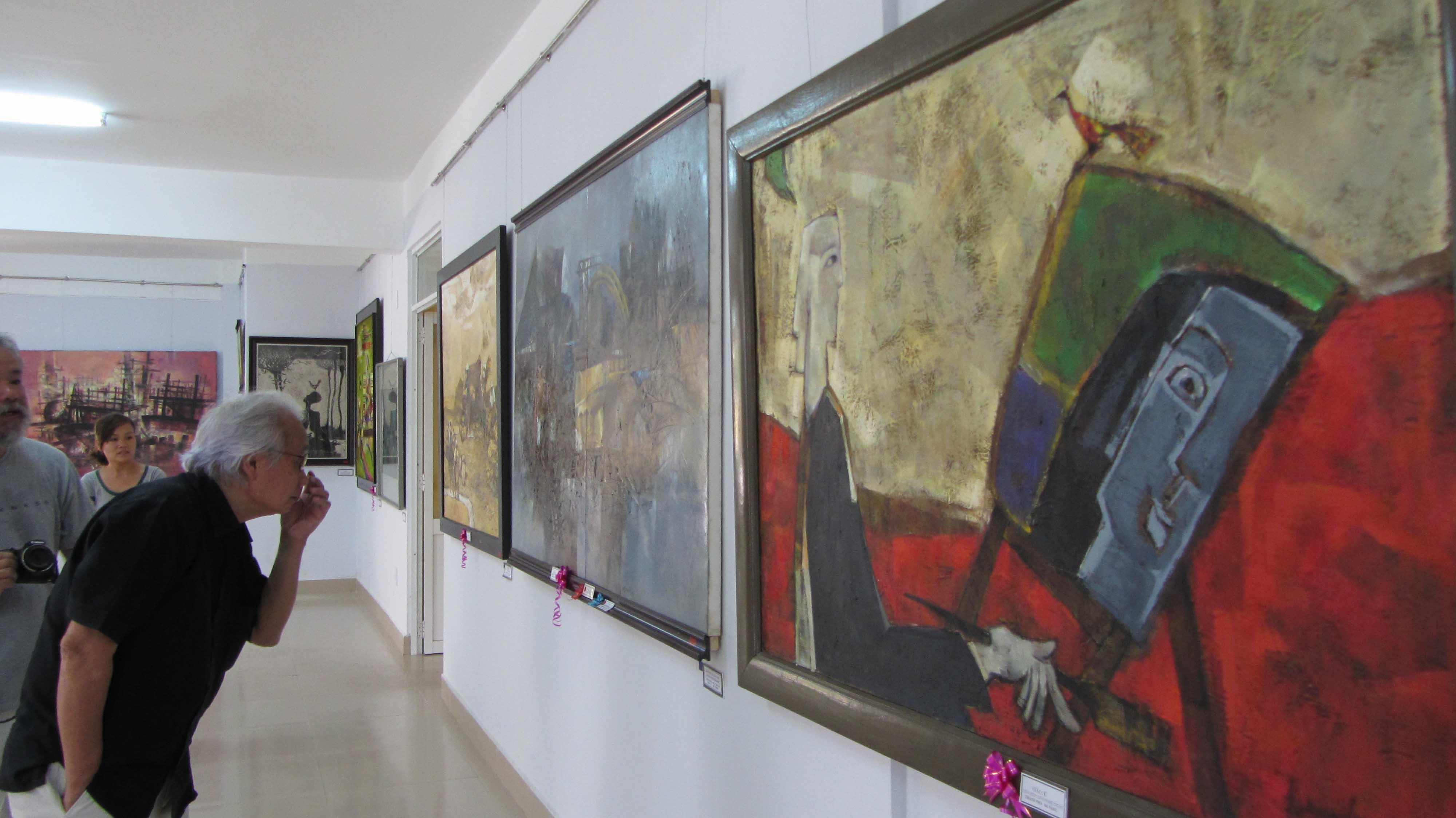 Cận cảnh các tuyệt phẩm mỹ thuật miền Trung & Tây Nguyên 2