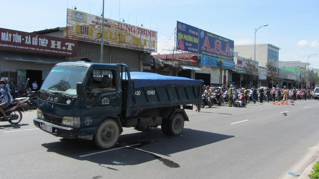 Đà Nẵng: Hai nữ sinh viên chết thảm sau tai nạn kinh hoàng 5