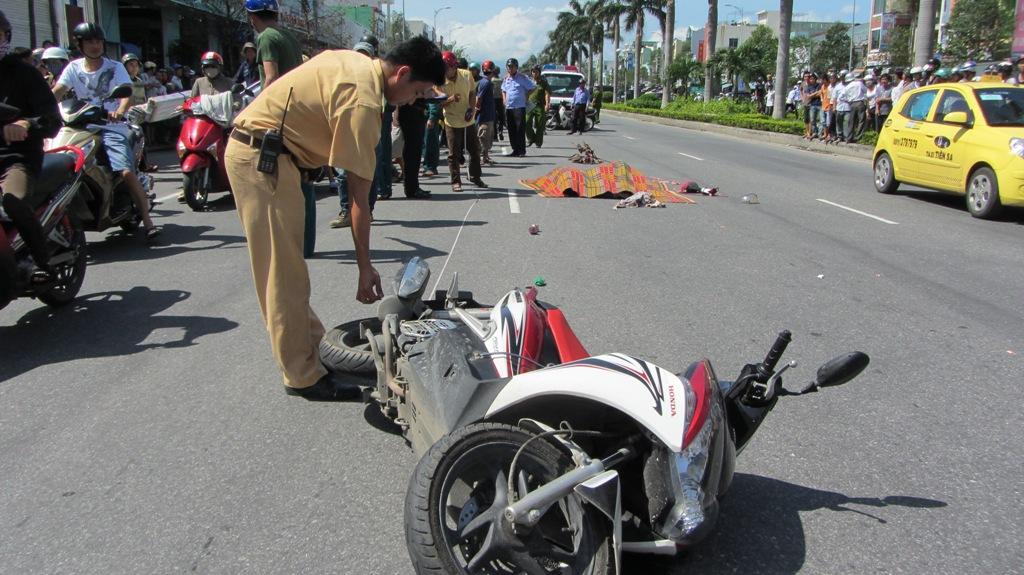 Đà Nẵng: Hai nữ sinh viên chết thảm sau tai nạn kinh hoàng 6