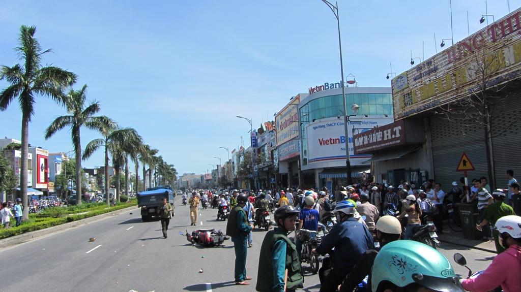 Đà Nẵng: Hai nữ sinh viên chết thảm sau tai nạn kinh hoàng 7