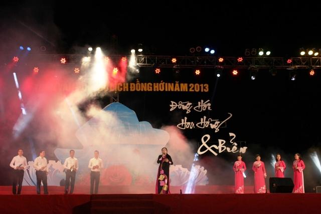 Hồ Ngọc Hà không về quê biểu diễn 2