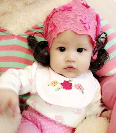 Vẻ đẹp lạ của các em bé con lai nhà sao Việt 7