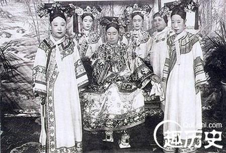 Ly ky chuyen phong the tu tre toi gia cua Tu Hy Thai hau-Hinh-11