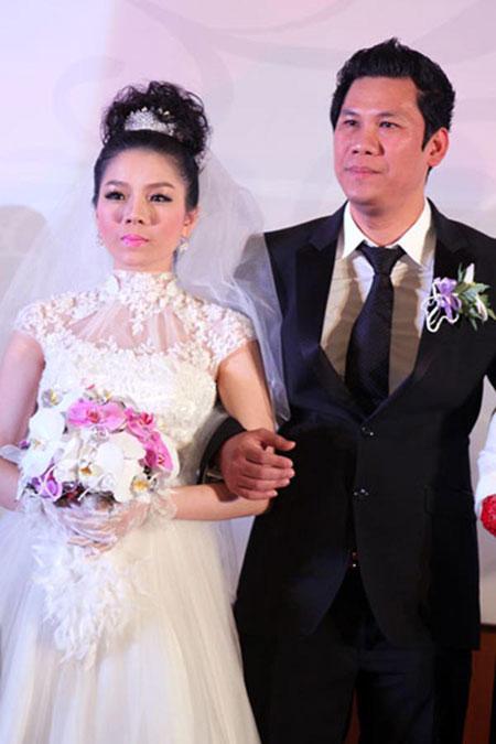 Đức Huy sinh ngày 02/09/1975. Anh là cháu ruột của nhạc sĩ Lê Quang và là chủ phòng trà ca nhạc Không Tên - tụ điểm giải trí nổi tiếng nhất, nhì TP. HCM.