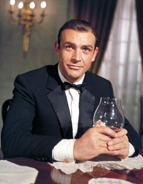 007 đầu tiên trên màn ảnh