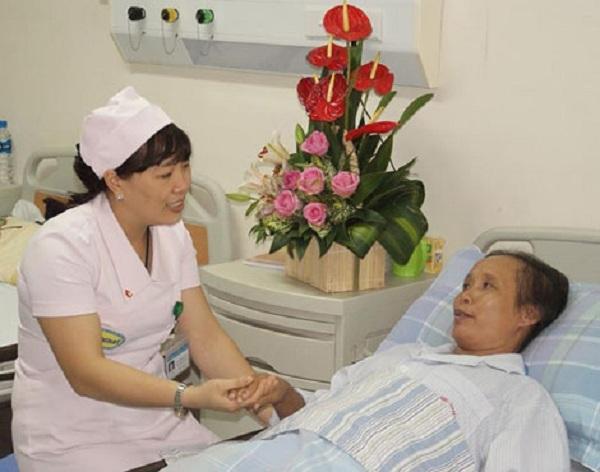 Điều dưỡng, kỹ thuật viên là một đội ngũ rất quan trọng trong đội ngũ cán bộ, nhân viên của Viện.Ảnh Vương Tuấn
