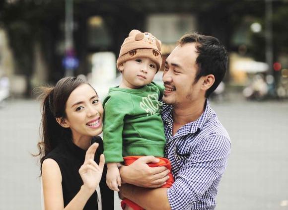 Gia đình hạnh phúc của Thu Trang - Tiến Luật