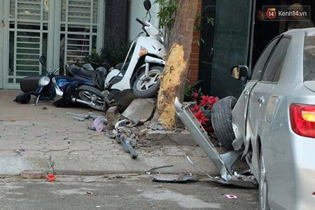 Hiện trường vụ tai nạn thảm khốc xảy ra hôm 29/2 vừa qua.