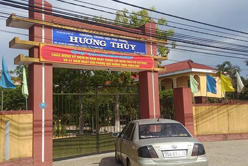Trường THPT Hương Thủy (Thừa Thiên -Huế), nơi xảy ra sai sót khiến hàng chục học sinh bất an trước kỳ thi tốt nghiệp THPT quốc gia 2016. Ảnh: Đắc Đức