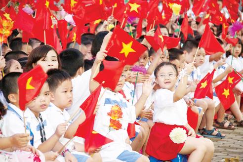 Tỷ lệ nhập học bậc tiểu học của Việt Nam đã đạt đến 99%. Ảnh: Chí Cường