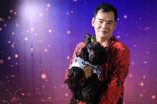 Trấn Thành ví chú chó của nghệ sĩ Lê Văn Hà giống Việt Hương.