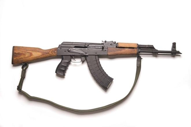 Khẩu súng AK-47 mà Royce Teets dùng để bắn vợ chưa cưới. Ảnh: New York Daily News.