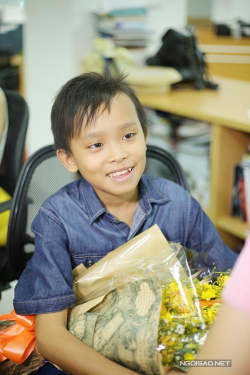 Khi hỏi về vóc dáng gầy gò, Quán quân Idol Kids cho biết, cậu bé ít ăn sáng, trưa ăn một tô cơm, chiều ăn nửa tô cơm và hay ăn canh. Cậu bé không ăn nhiều vì sợ bị béo phì.