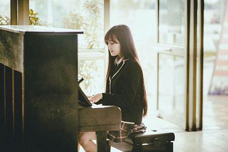 Cô em Huyền Trang xinh đẹp không kém cạnh chị, cô vừa đạt Á khôi  Miss VYSA Nhật Bản