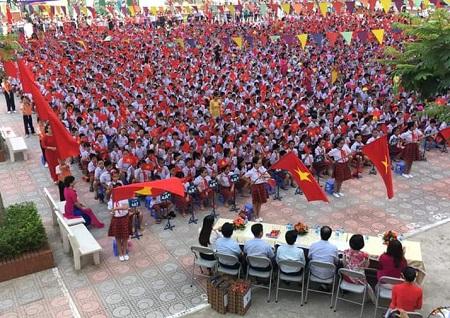 Năm nay, trường Tiểu học Hoàng Liệt đón hơn 600 học sinh lớp 1.