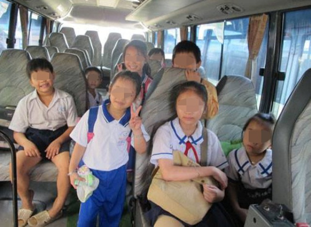 Việc trẻ nhỏ tự đi xe bus mà chưa được phụ huynh đồng ý khiến nhiều người lo lắng. (Ảnh minh họa)