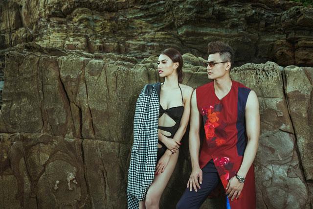 Bộ trang phục đã tôn lên được vẻ đẹp hình thể của cặp đôi siêu mẫu.