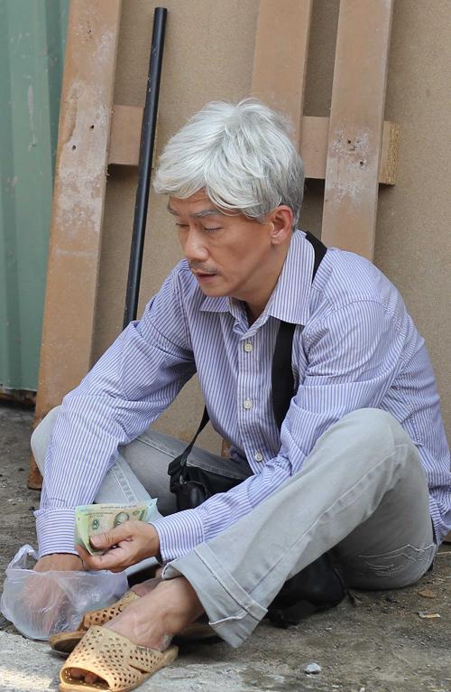 Bên cạnh đó, anh vẫn tiếp tục công việc diễn xuất. Minh Thuận hoá trang thành ông già nghèo khổ để hỗ trợ cho một thí sinh tham gia cuộc thi Tôi là diễn viên. Là người rất nghiêm túc và hết lòng với nghề, hoà nhã với bạn bè đồng nghiệp, Minh Thuận luôn để lại hình ảnh rất đẹp