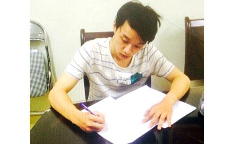 Phan Thành Biên khai nhận sự việc tại cơ quan Công an.