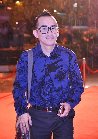 Sức khỏe của ca sĩ Minh Thuận đang dần tốt lên.