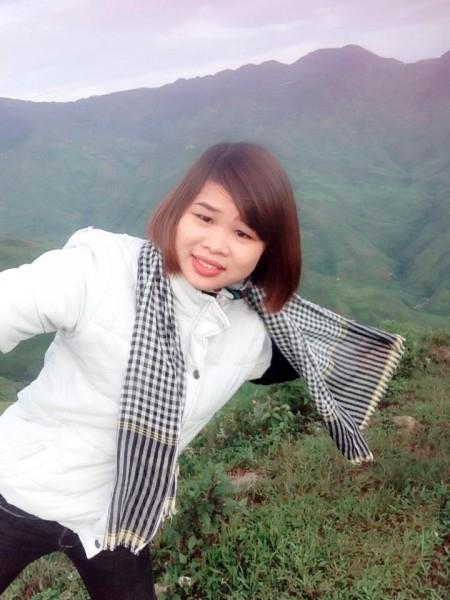 Chị Thuần rất thích đi phượt, trong ảnh là một lần Thuần đi Tà Xùa, Sơn La cùng bạn bè.