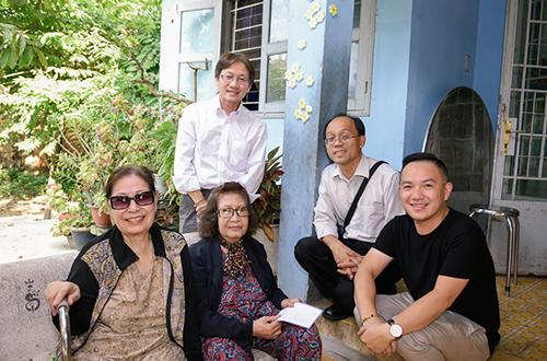 Sau tang lễ của ca sĩ Minh Thuận, gia đình quyết định trích tiền phúng điếu cộng thêm 310 triệu đồng nhận được từ đêm nhạc Tình nghệ sĩ 8 để làm thiện nguyện.