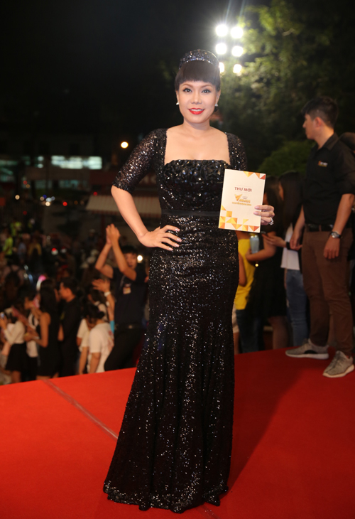 Việt Hương có tên ở hai hạng mục MC ấn tượng và Nghệ sĩ hài ấn tượng.