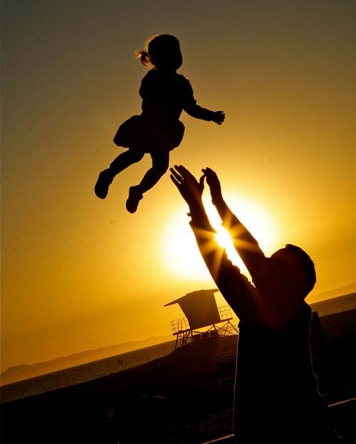 Sư thầy của tôi nói rằng, ngày lễ Vu lan là ngày lễ báo hiếu cha mẹ mà người ta thường quên mất cha...Ảnh minh họa
