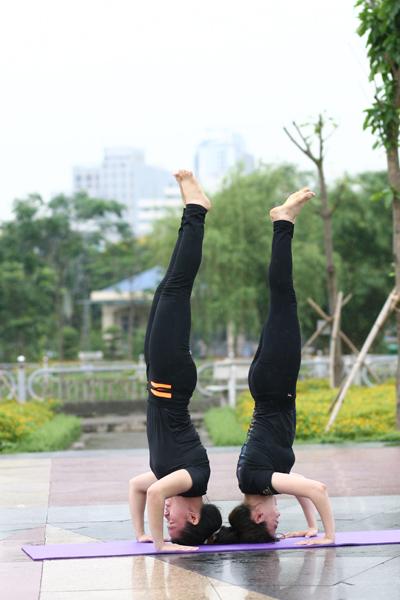 Nhiều người tập cho rằng, Yoga giúp họ có được trạng thái cân bằng tự nhiên.