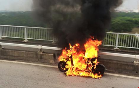 Xe đạp điện bốc cháy. Ảnh minh họa.