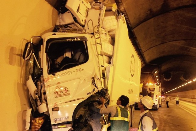 Một vụ tai nạn trong hầm Hải Vân