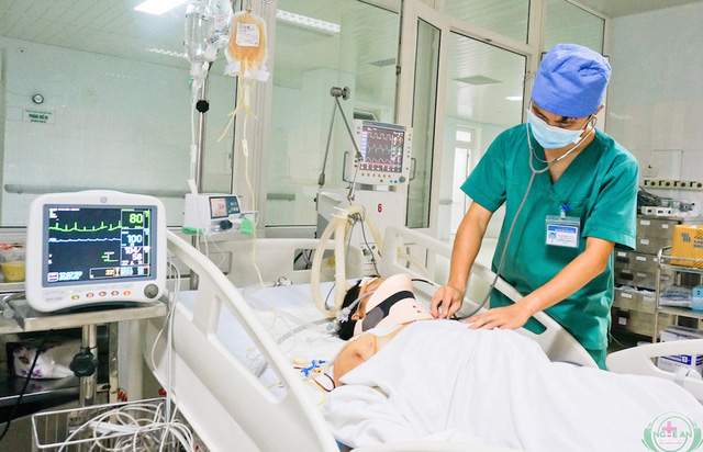 Bệnh nhân Quyên đang điều trị tại khoa Hồi sức Ngoại khoa.