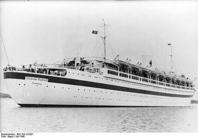 Thảm họa chìm tàu Wilhelm Gustloff của Đức xảy ra tháng 1/1945 được xem là tai nạn thảm khốc nhất trong lịch sử hàng hải của nhân loại. Con tàu trúng ngư lôi của tàu ngầm Liên Xô trên biển Baltic trong Chiến tranh Thế giới II. Phần lớn người trên tàu là dân tị nạn và lính phát xít Đức. Tàu Wilhelm Gustloff chìm sau 45 phút và khiến 9.400 người thiệt mạng.