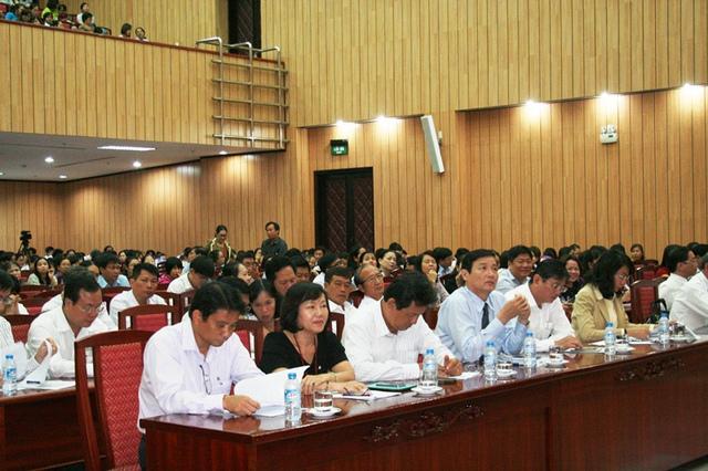 Đại biểu tham dự Lễ mít tinh Hưởng ứng ngày Dân số thế giới diễn ra sáng nay (7/7) tại TP.HCM.