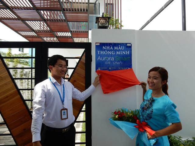 Chủ nhân của ngôi nhà xinh đẹp, thông minh, hiện đại này là chị Nguyễn Thị Diễm (SN 1990, trú quận Thanh Khê)...Ảnh: Đức Hoàng