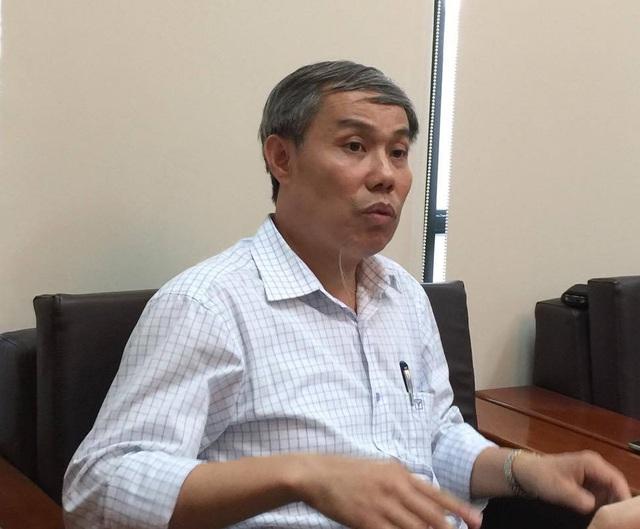 Ông Nguyễn Hùng Long - Phó cục trưởng Cục An toàn thực phẩm (Bộ y tế) trả lời báo chí chiều 13/6.