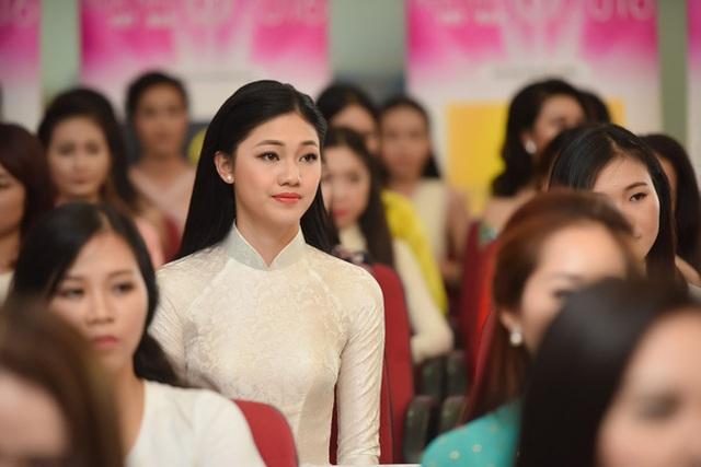 Em gái Á hậu Trà My đẹp nổi bật ở vòng sơ tuyển