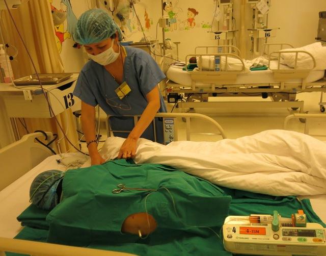Bé Lê Thế Anh Đức là trường hợp đầu tiên được ghép tế bào gốc chữa bệnh rối loạn thần kinh ruột bẩm sinh và đã thành công tại Bệnh viện Đa khoa Quốc tế Vinmec Times City.