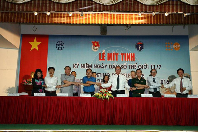 Lễ ký kết chương trình phối hợp về công tác DS-KHHGĐ giữa Tổng cục DS-KHHGĐ với các Bộ, ban, ngành đoàn thể Trung ương. Ảnh: Chí Cường