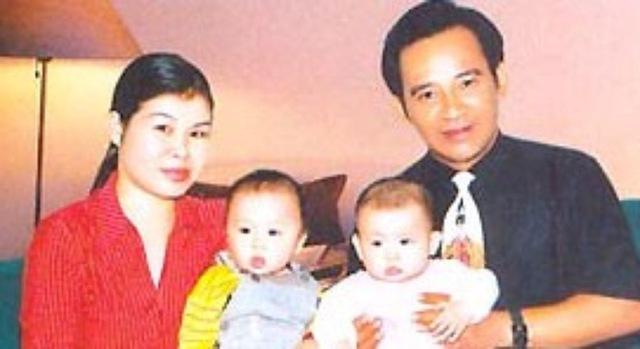 Có con muộn nên Quang Tèo rất yêu chiều hai con
